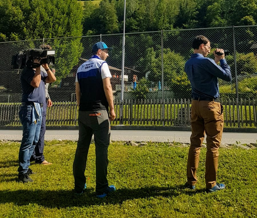 Swiss TV SRF interviews Benedikt